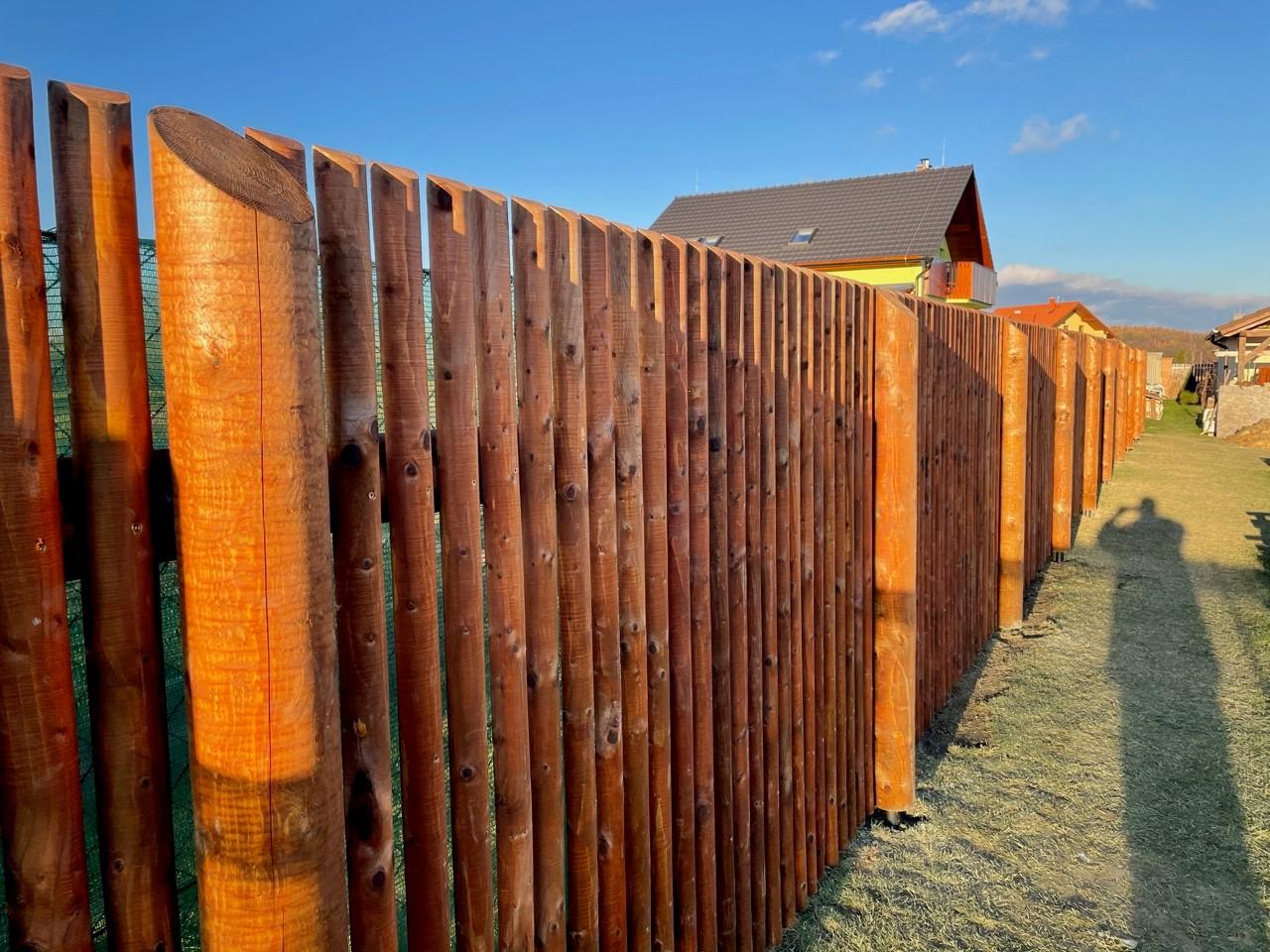 Obrázek 2 / Dřevěné ploty - strojně frézované   - realizace Zahořany 12-2020