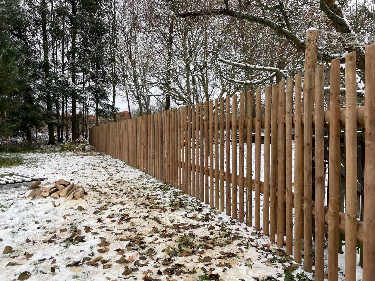 Obrázek 1 / Dřevěné ploty - strojně frézované   - realizace Opatovice nad Labem 12-2020