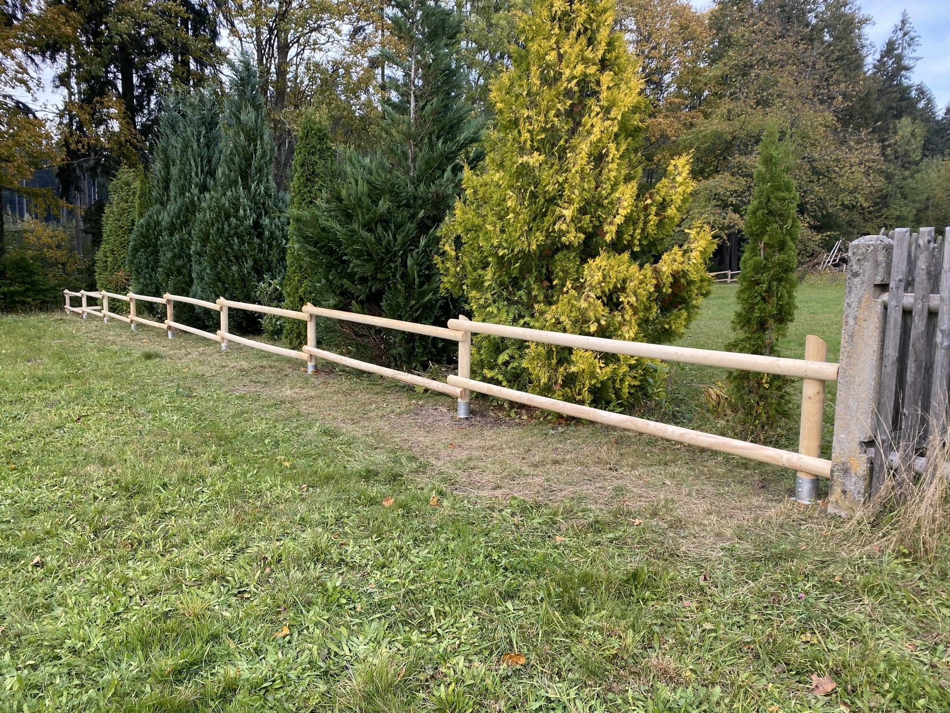 Obrázek 1 / Dřevěné ploty - strojně frézované   - realizace Nová Huť 10